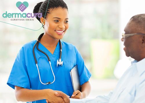 Enfermeira Cuidade de Idoso
